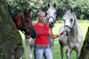 Helene met drie paarden